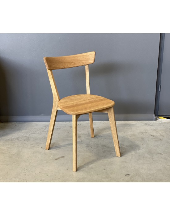 Pilnai Ąžuolinė kėdė URBANO